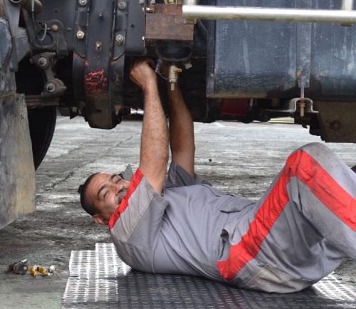 Déjanos prestarte un servicio diferencial y consentir  tu máquina de trabajo, Hino Autoamérica, Hino Medellín